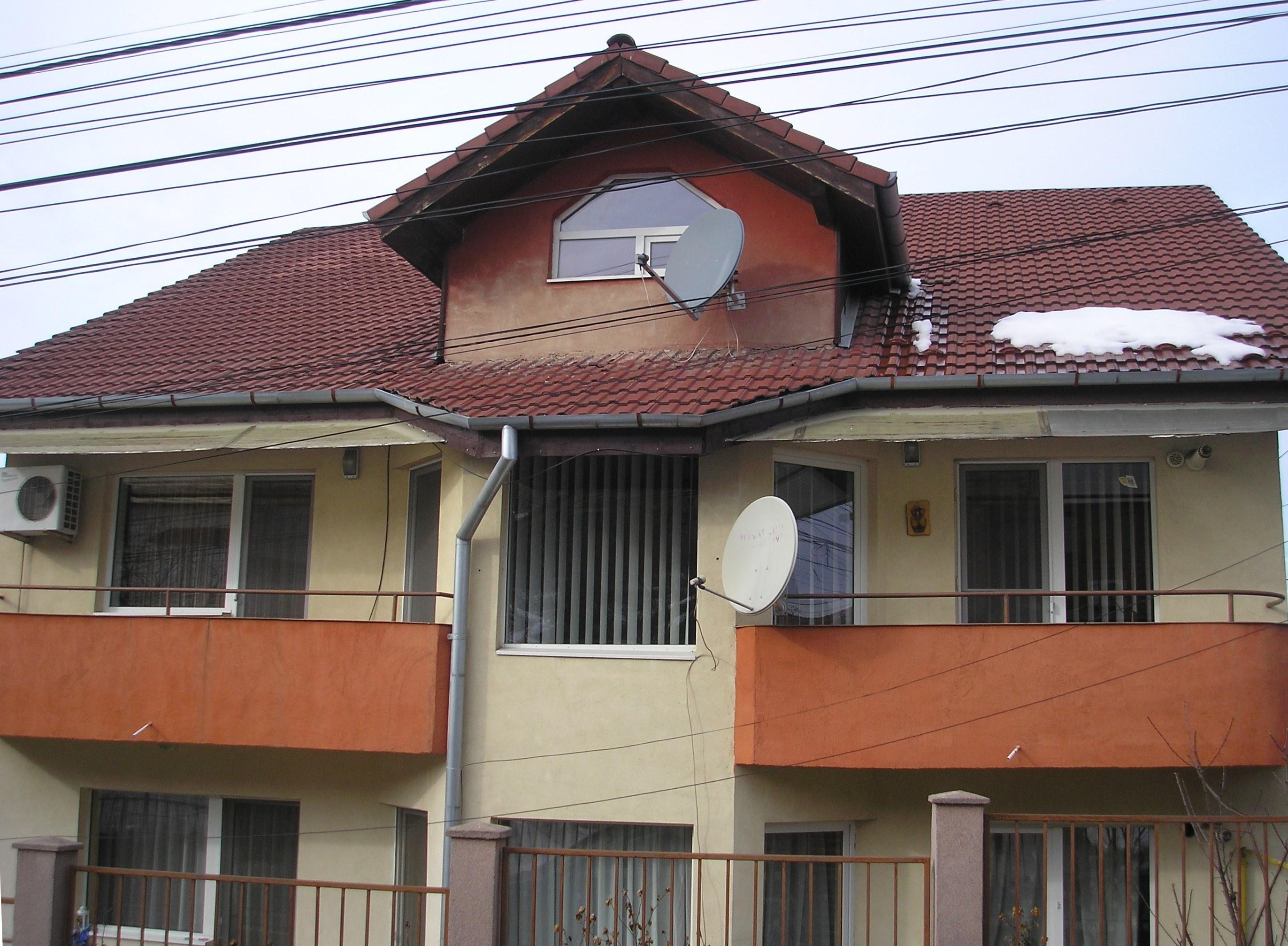 Apartament 2 camere, C-tin Nottara, zona foarte buna !